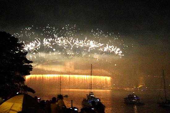 Sydney Harbour Fireworks NYE 2012